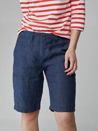 Ann Linen Chambray Shorts 7247053_ENC-JEANPAULFEMME-H21-Modell-front_9945_Ann Linen Chambray Shorts ENC.jpg_Front||Front