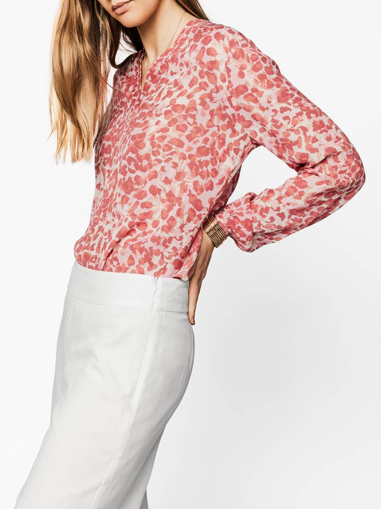 Lilly Bluse 7238202_MGR-MARIE PHILIPPE-S19-modell-right_Lillt Bluse MGR_Lilly Bluse MGR.jpg_Right||Right