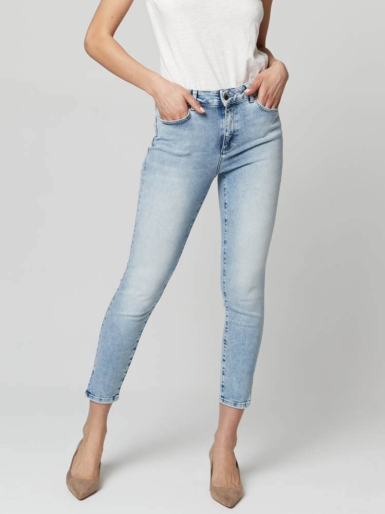 Sabine Cropped Jeans 7246410_DAF-JEANPAULFEMME-S21-Modell-front_80478_Sabine Cropped Jeans DAF.jpg_Front||Front