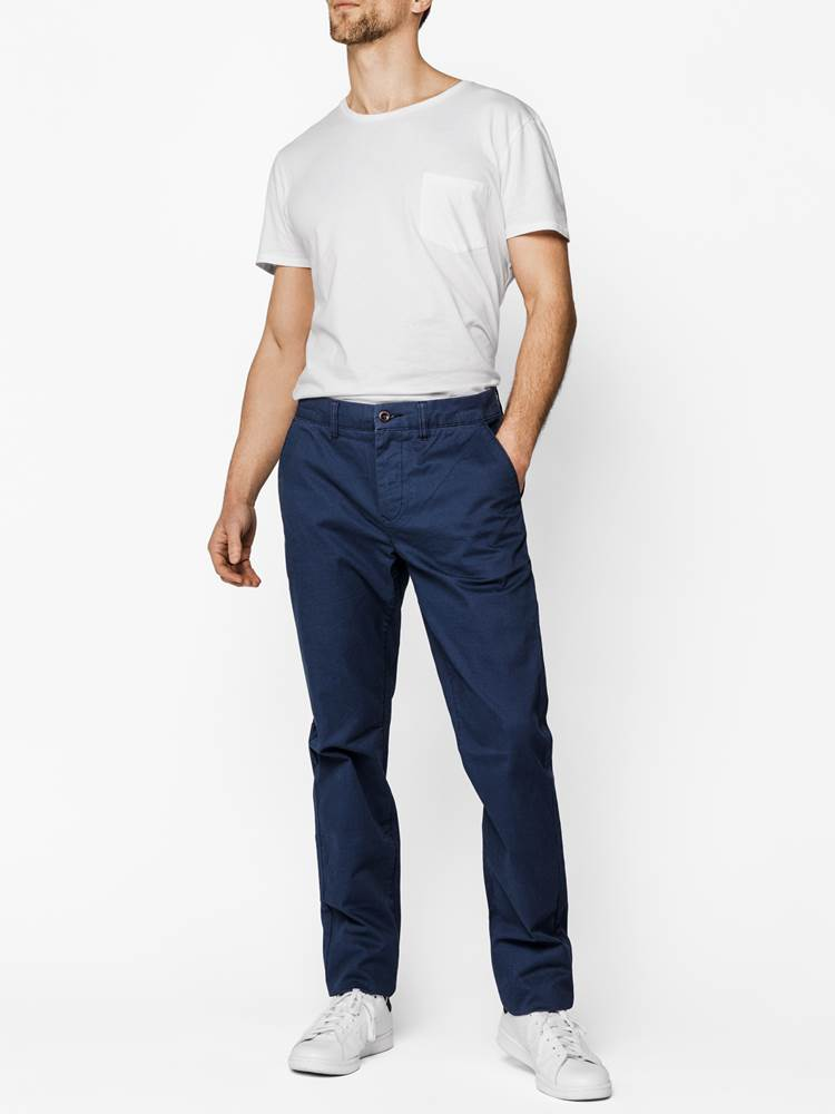 Christer Chinos 7236932_EOK_Redford-S19-model-front_Christer dogtooth chinos_Christer Chinos EOK.jpg_Front||Front