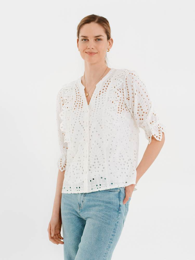 Willow Bluse 7247146_O68-DONNA-H21-Modell-front_Willow Bluse O68.jpg_Front||Front