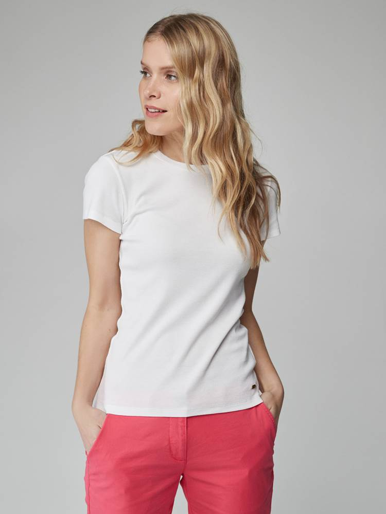 Sidney Top 7246561_O68-JEANPAULFEMME-H21-Modell-front_29931_Sidney Top O68.jpg_Front  Front