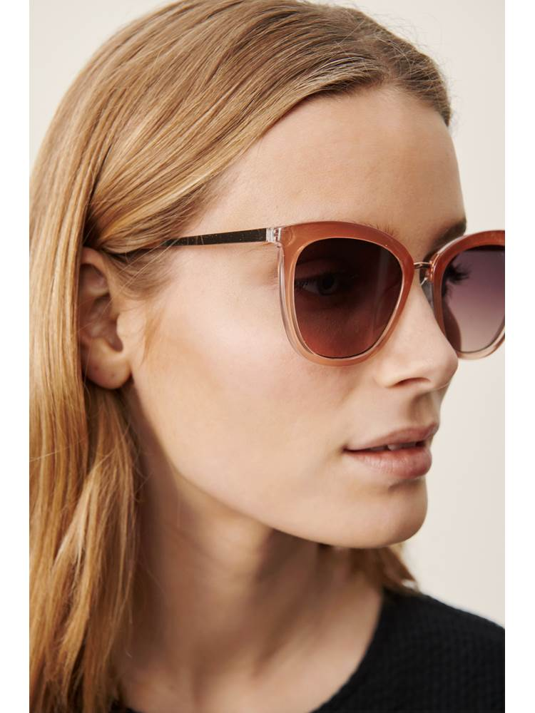 Isja solbrille 7247340_MLB-PART TWO-H21-modell-front.jpg_Front  Front