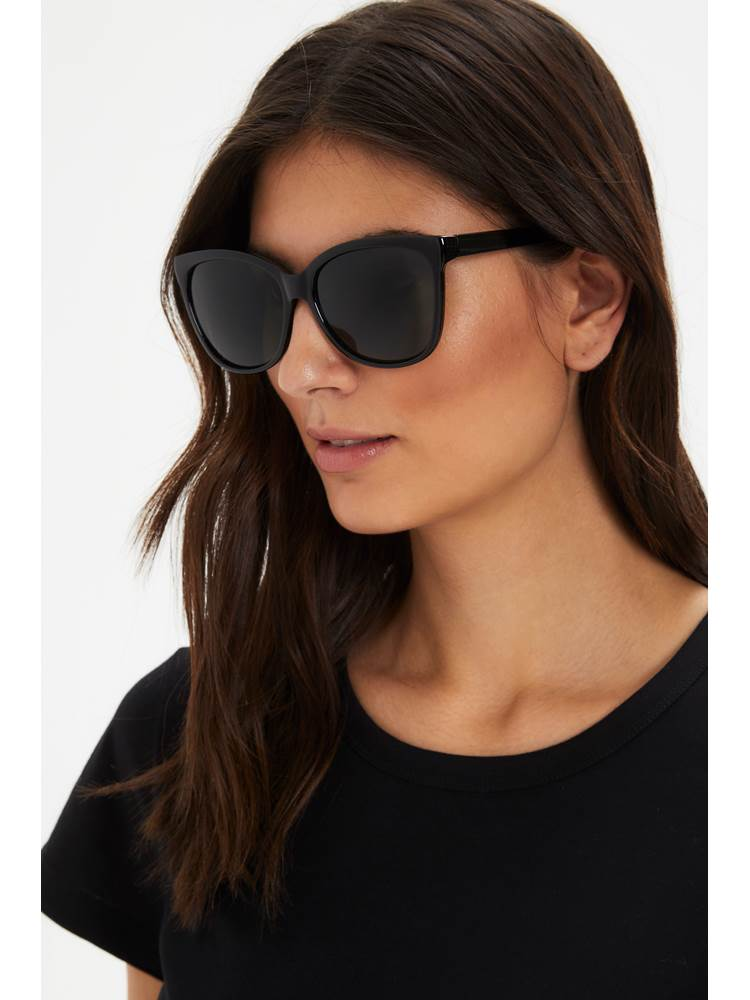 Barea solbrille 7247326_CAB-PART TWO-H21-modell-front.jpg_Front  Front