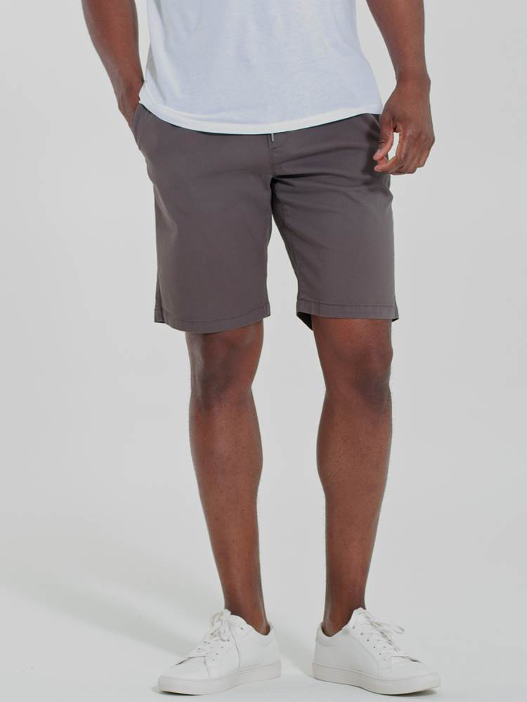 Relaxed Shorts 7246679_AFQ-Redford-H21-Modell-Front_Relaxed Shorts AFQ.jpg_Front||Front