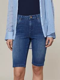 Ine City Shorts 7242949_DAB-JEANPAULFEMME-H20-Modell-front_14899_Ine City Shorts DAB.jpg_Front||Front