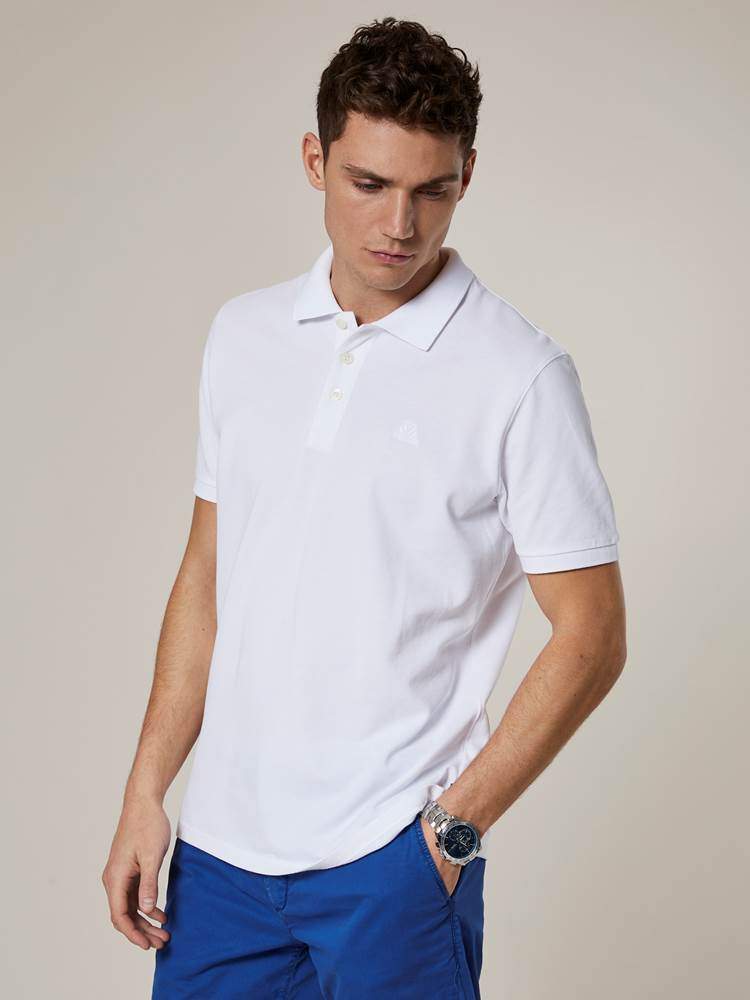 Lamonte Pique 7241526_O68-JEANPAUL-S20-Modell-front_36901_Lamonte Pique O68.jpg_Front||Front