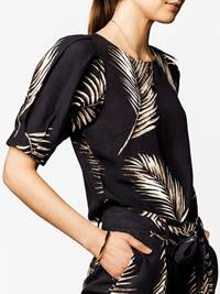 Melodie Bluse 7243338_CAB-DONNA-H20-FRONT-MODELL_Melodie Bluse CAB.jpg_Front  Front