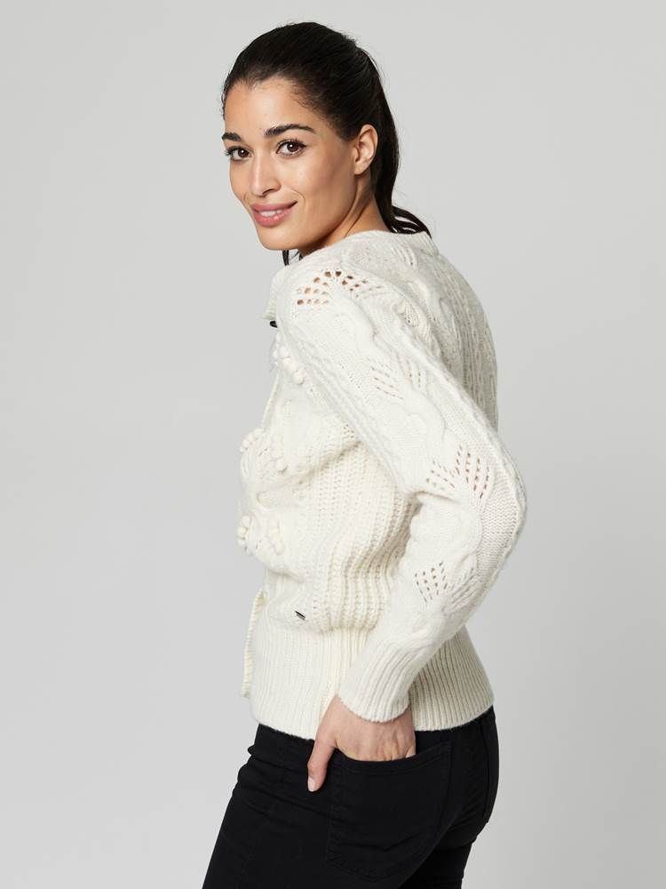 Cindy Cardigan 7247412_O79-JEANPAULFEMME-A21-Modell-front_22609_Cindy Cardigan O79.jpg_Front||Front