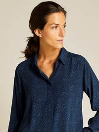Amie Bluse 7238899_EM6-JEANPAULFEMME-A19-Modell-front_93762_Amie Bluse EM6.jpg_Front  Front