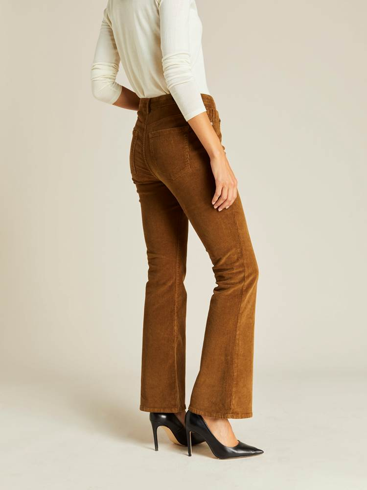 Sabine Cord Flare Pant 7239744_AFD-JEANPAULFEMME-A19-Modell-back_62112_Sabine Cord Flare Pant AFD.jpg_Back||Back