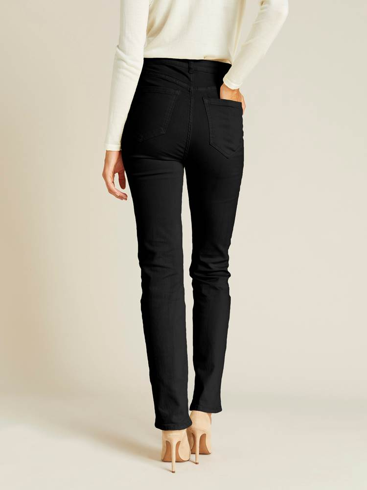 Sabine Straight Blk.Blk. Jeans 7240178_CAB_jeanpaul_A19-modell-back_Sabine Straight Blk.Blk. Jeans CAB.jpg_