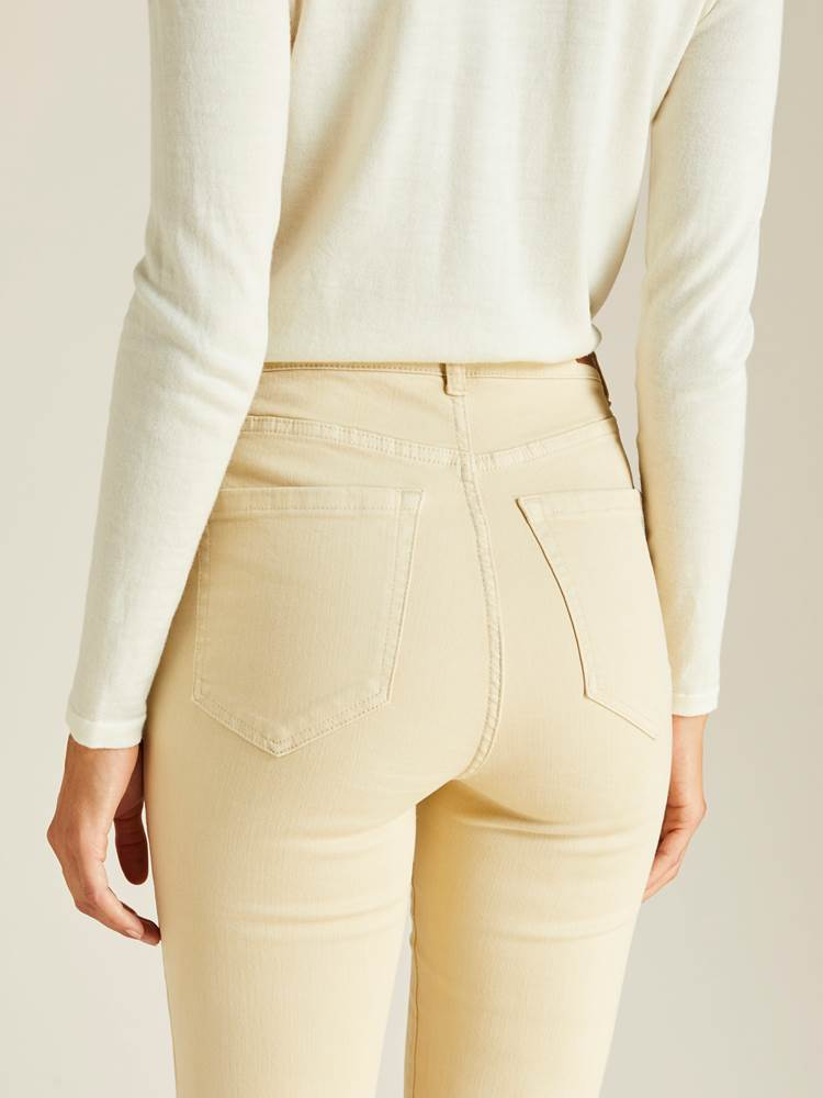 Ine Highwaist Straight Pant 7239752_JEAN PAUL_A19_INE HIGHWAIST STRAIGHT PANT_DETAIL_O0U_BRUN_Ine Highwaist Straight Pant O0U.jpg_