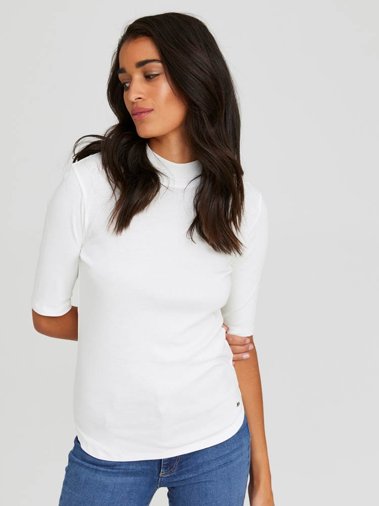 Maebelle Topp 7245396_O79-JEANPAULFEMME-W20-Modell-front_54339_Maebelle Topp O79.jpg_Front  Front