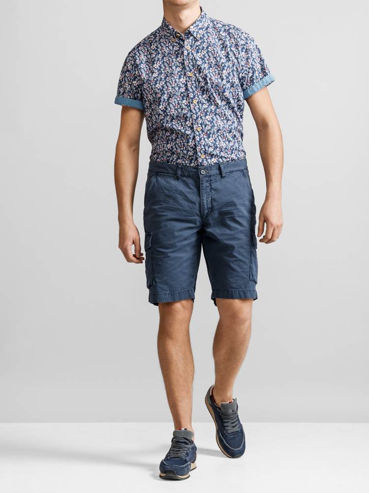 Mike Cargo twill shorts 7232238_JP52_MIKE CARO TWILL BERMUDA_FRONT_EGV_Mike Cargo twill shorts EGV.jpg_