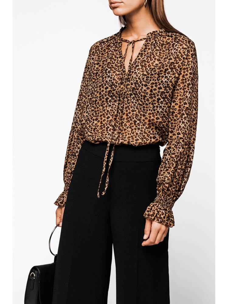Leoanne Bluse 7236241_AN7-MARIEPHILIPPE-A18-Modell-72-front_Leoanne Bluse AN7.jpg_Front||Front
