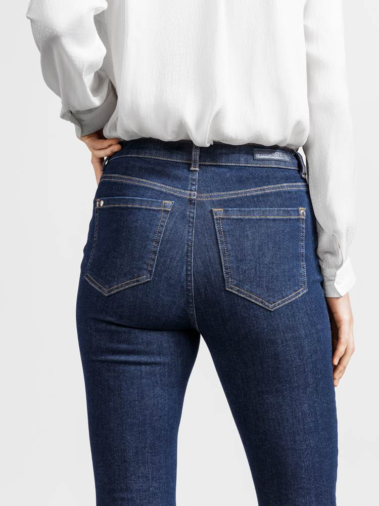 Ine Highwaist Jeans 7234167_JEAN PAUL_A18_INE HIGHWAIST JEANS_DETAIL_D03_Ine Highwaist Jeans D03.jpg_