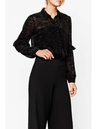 Veluria Bluse 7235929_CAB-MARIEPHILIPPE-W18-Modell-front_Veluria Bluse CAB.jpg_Front||Front