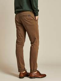 Brian Stretch Chino Bukse 7238709_I7U_JEAN PAUL_A19_Modell-back_Brian Stretch Chino Bukse I7U.jpg_