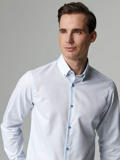 Sandro Skjorte - Slim Fit O68